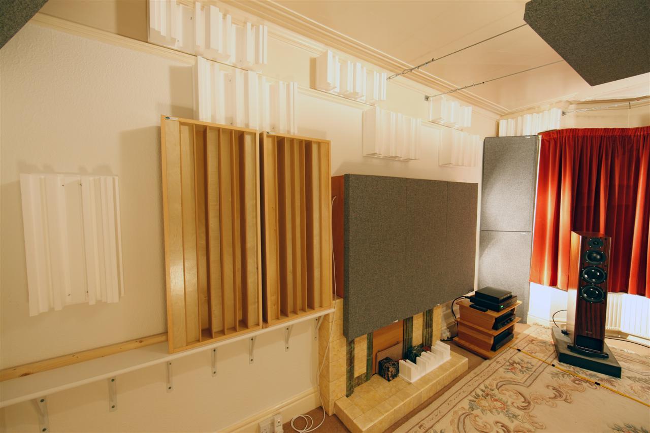 GIK Acoustics versifusor