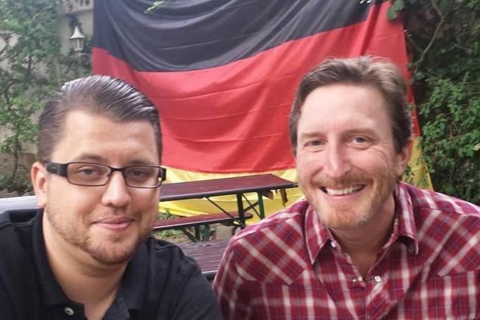 Lukas Rimback mit Glenn Kuras