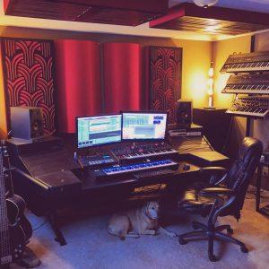 Homestudio mit Bassfallen GIK Acoustics